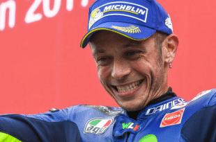 Rossi felice sul podio di Assen 2017