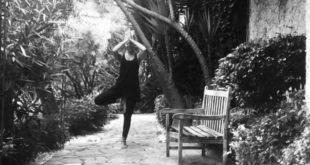 yoga, posizione dell'albero