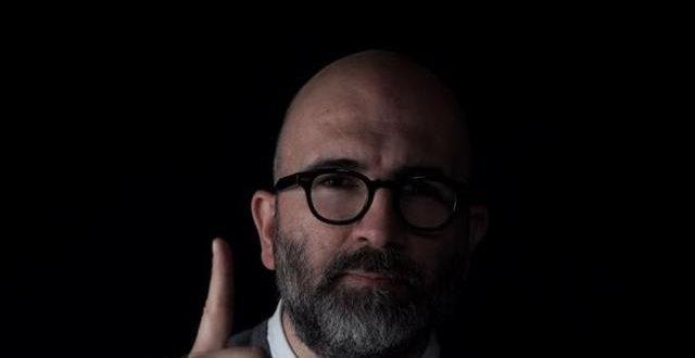 """Intervista a Donato Carrisi: """"Il Gioco del Suggeritore"""" e la follia di internet"""